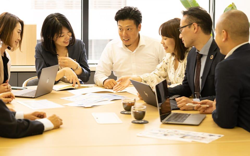 社内外の才能を集めたプロジェクト体制
